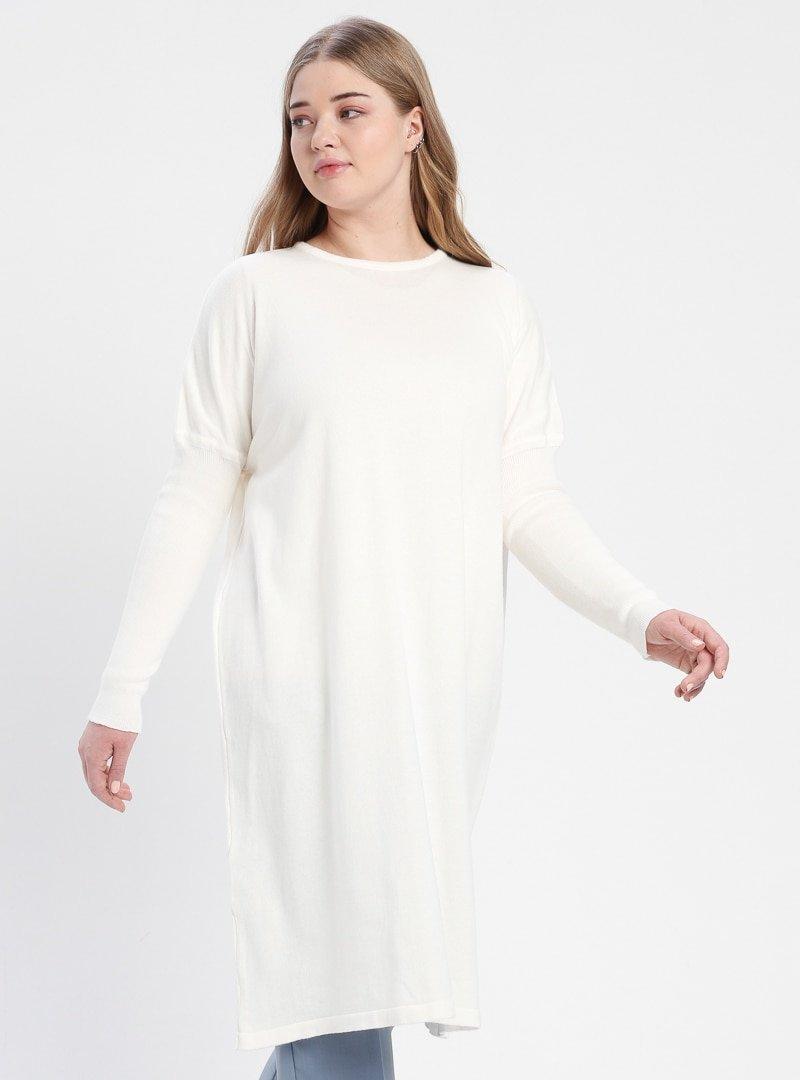 Efraze Beyaz Triko Tunik
