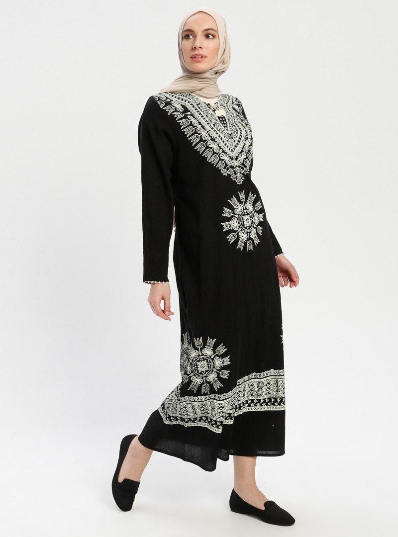 Çıkrıkçı Siyah Şile Bezi Elbise