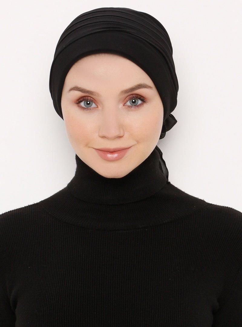 Moda Bone Siyah Pileli Düz Bone