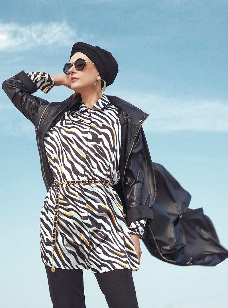 Refka Siyah Zebra Desenli Gizli Düğmeli Tunik