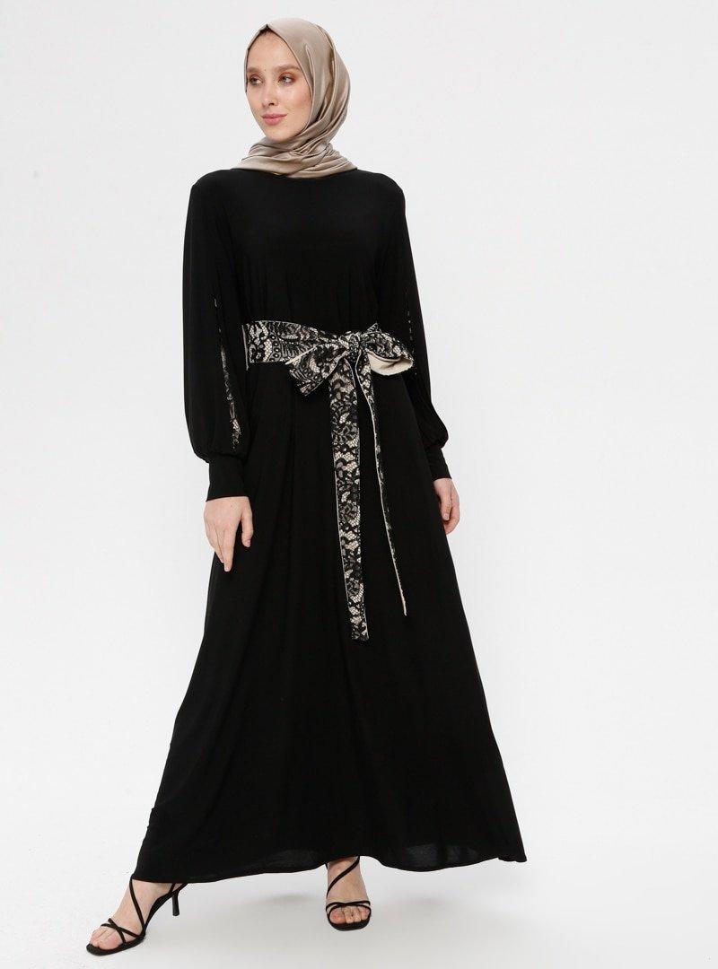 AİŞE MODA Siyah Bej Dantel Kemerli Elbise