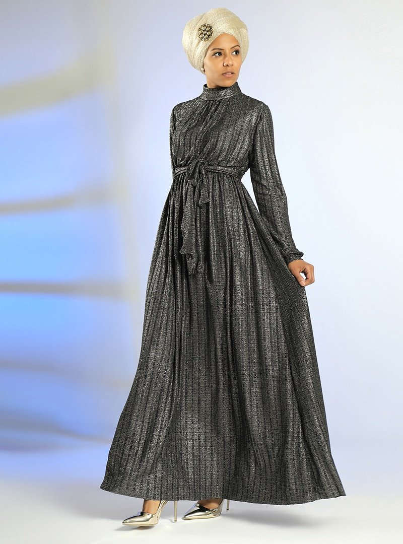 Meryem Acar Simli Siyah Simli Elbise
