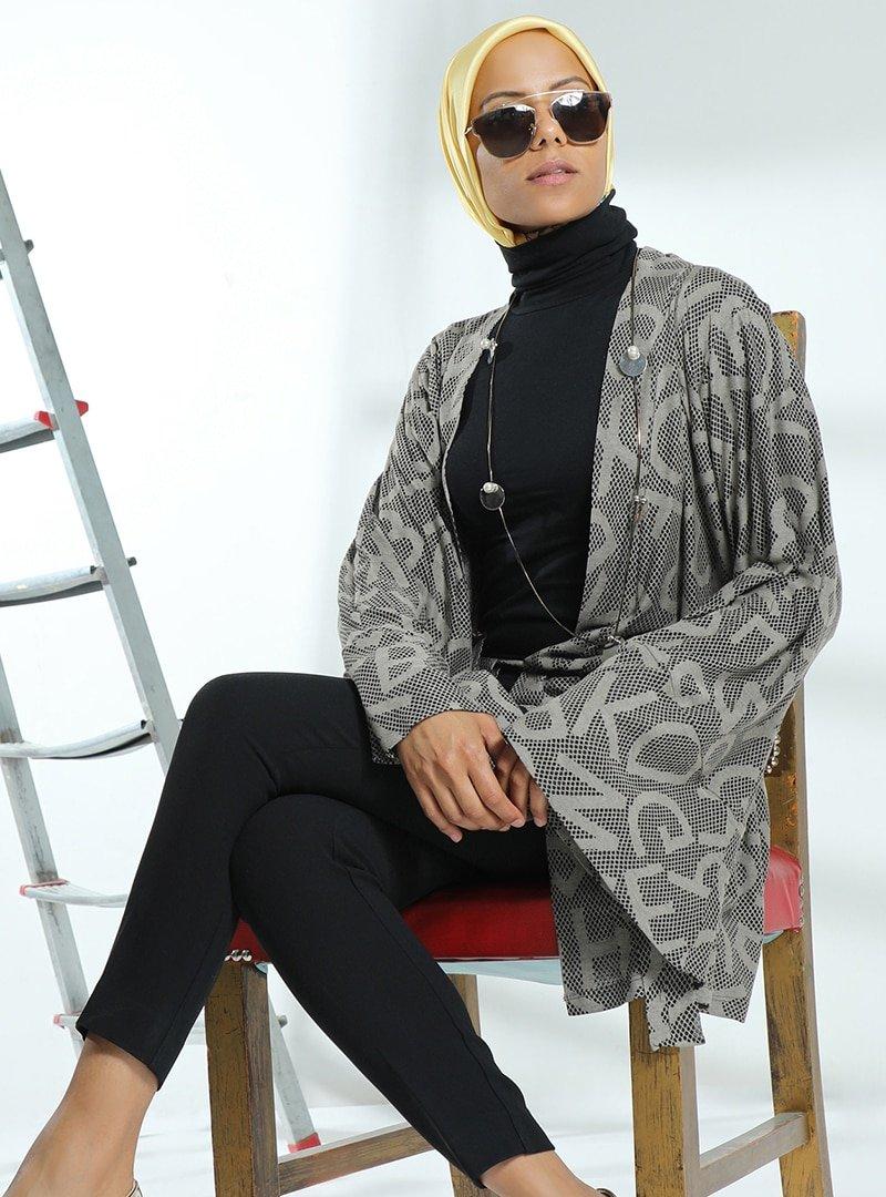 Meryem Acar Kahverengi Desenli Kimono
