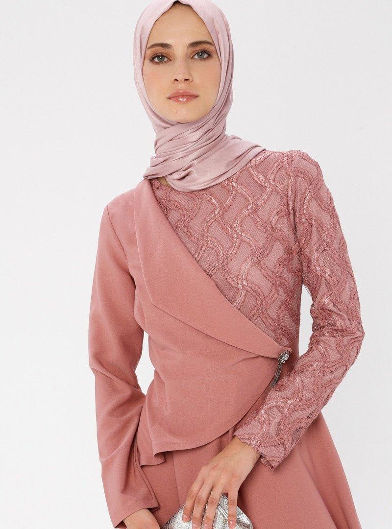 Laruj Pudra Beli Taş Detaylı Elbise