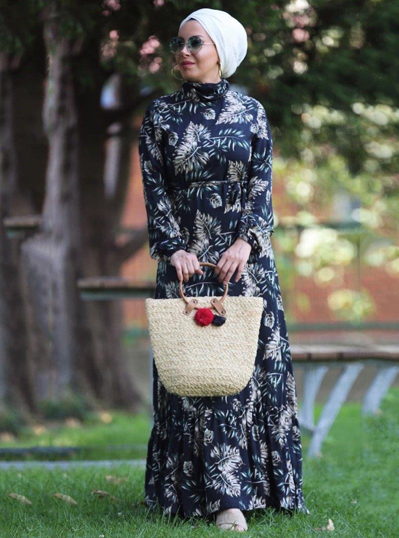 Esra Üstün Siyah Çiçekli Elbise