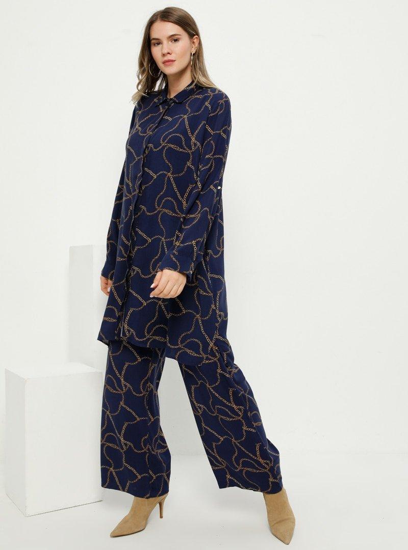 Alia Lacivert Doğal Kumaşlı Zincir Desenli Pantolon
