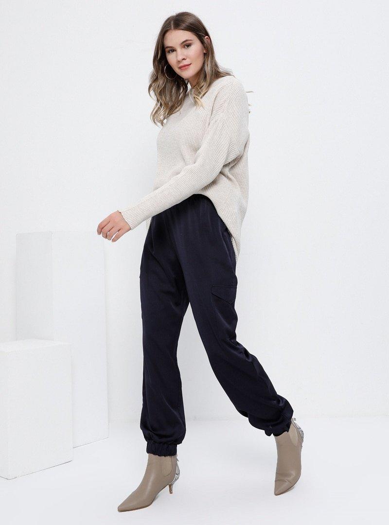Alia Lacivert Cep Detaylı Beli Lastikli Pantolon