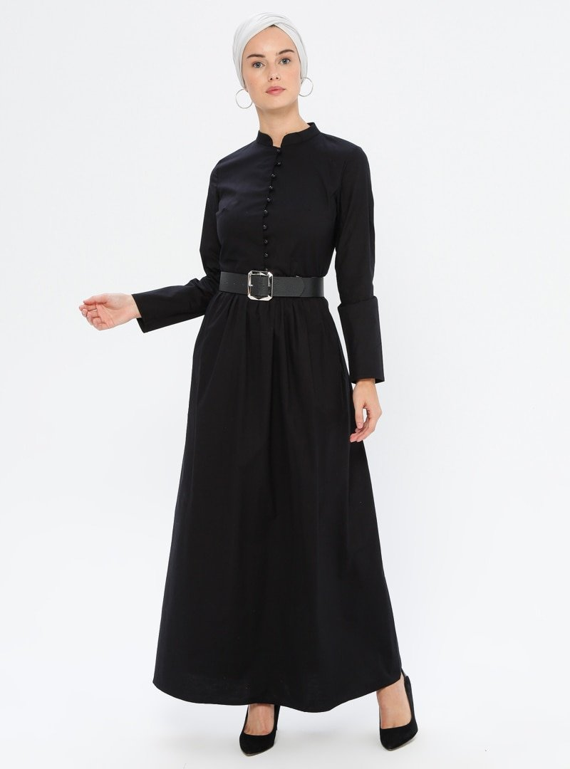 MisCats Siyah Düğme Detaylı Elbise
