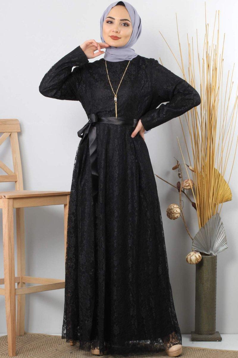 Tesettür Dünyası Siyah Kolyeli Dantelli Abiye Elbise
