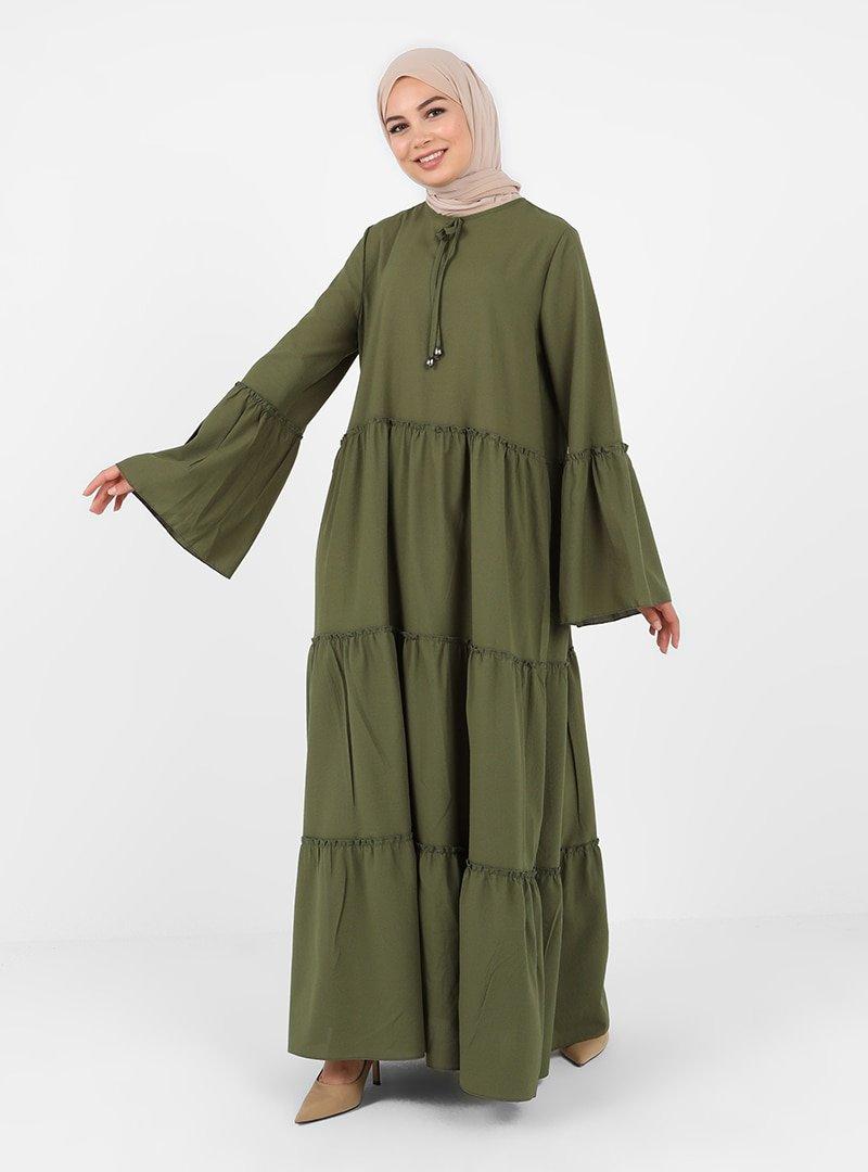 Tavin Haki Yakası Fiyonk Detaylı Katlı Elbise