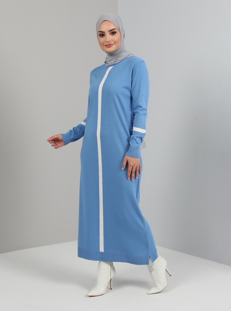 Tavin Mavi Bisiklet Yaka Şerit Renk Detaylı Triko Elbise