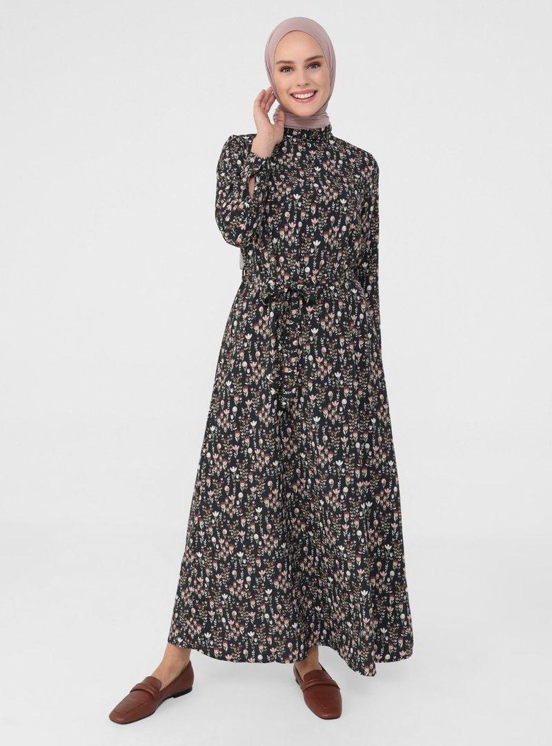 Refka Siyah Kuşaklı Çiçek Desenli Elbise