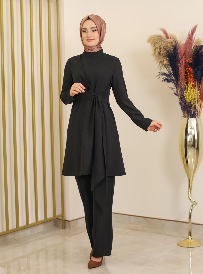 Fashion Showcase Design Siyah Çıtçıt Detaylı Tunik & Pantolon İkili Takım