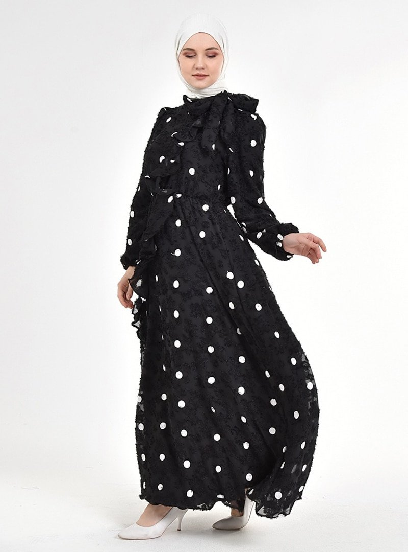 Picolina Siyah Puantiye Beyaz Fırfırlı Şifon Elbise