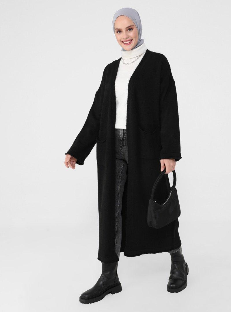 Refka Siyah Cep Detaylı Oversize Triko Hırka