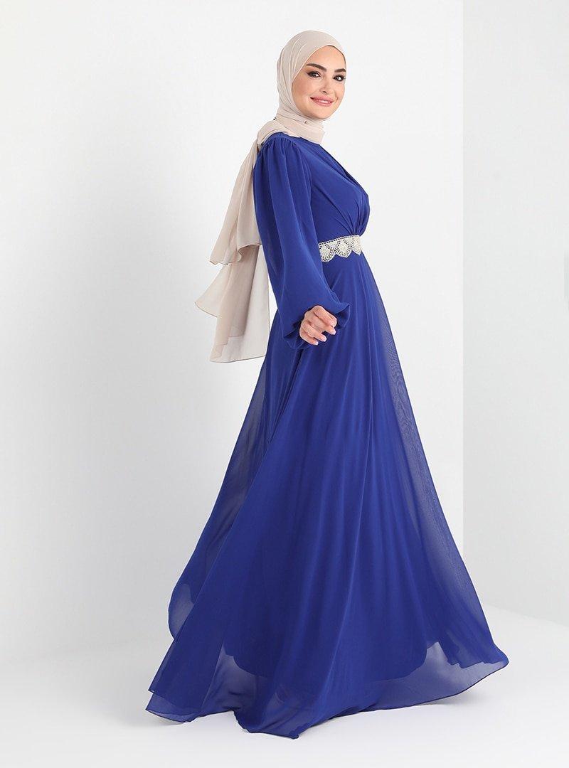 Tavin Saks Bel Ve Kol Ucu Dantel Detaylı Abiye Elbise