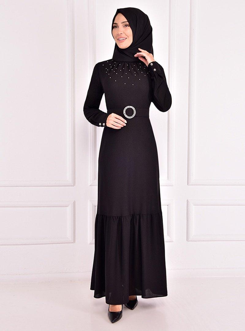 AYŞE MELEK TASARIM Siyah Yakası Büzgülü İnci Detaylı Abiye Elbise