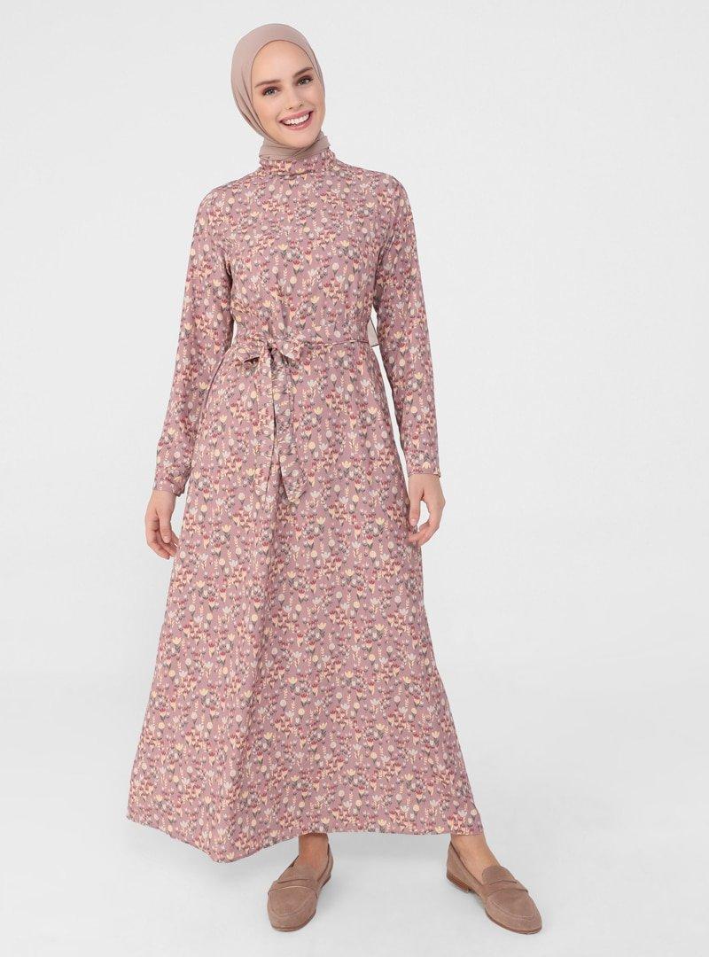 Refka Derin Pembe Kuşaklı Çiçek Desenli Elbise