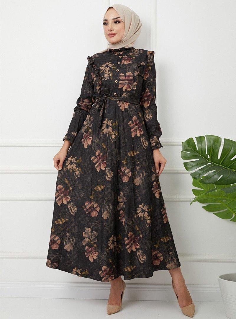 Olcay Siyah Önü Düğmeli Fırfır Detaylı Çiçek Ve Ekose Desenli Elbise