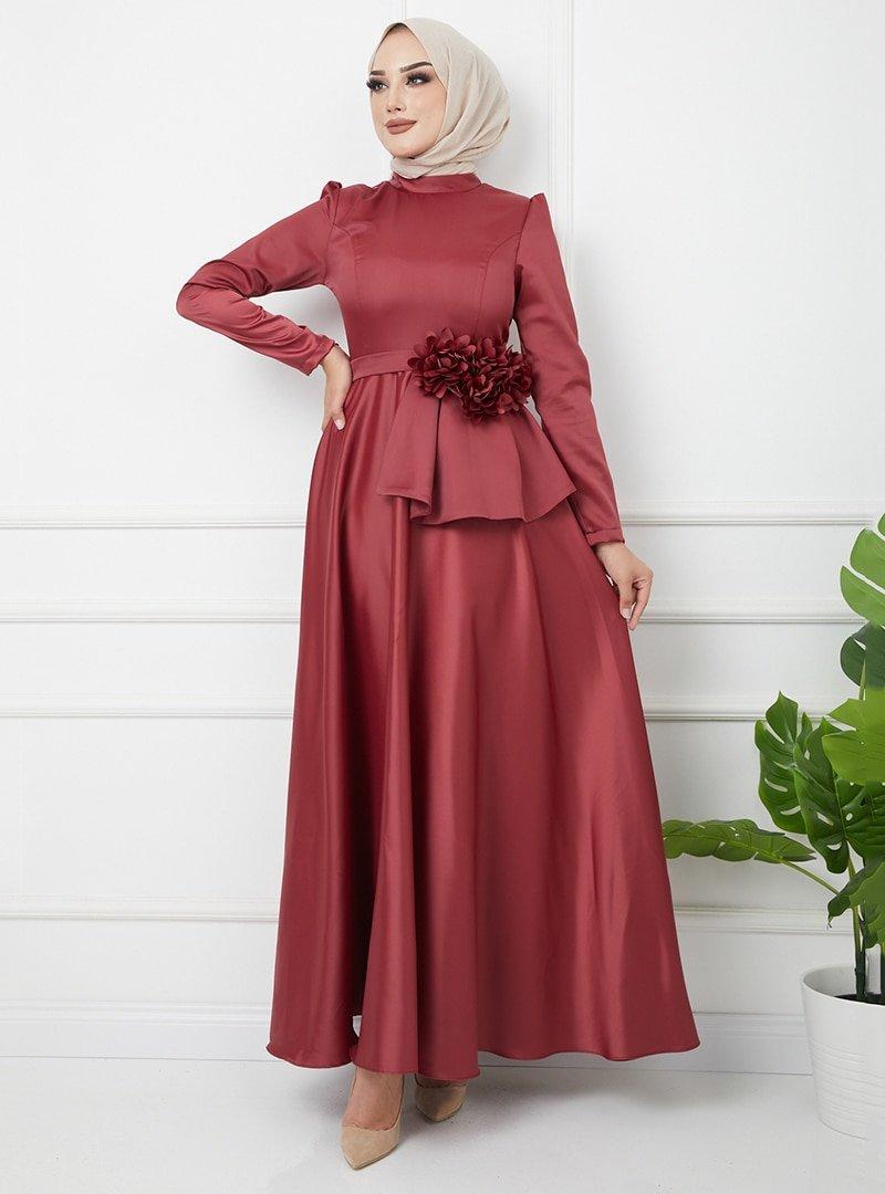 Olcay Açık Bordo Çiçek Detaylı Beli Volanlı Saten Abiye Elbise