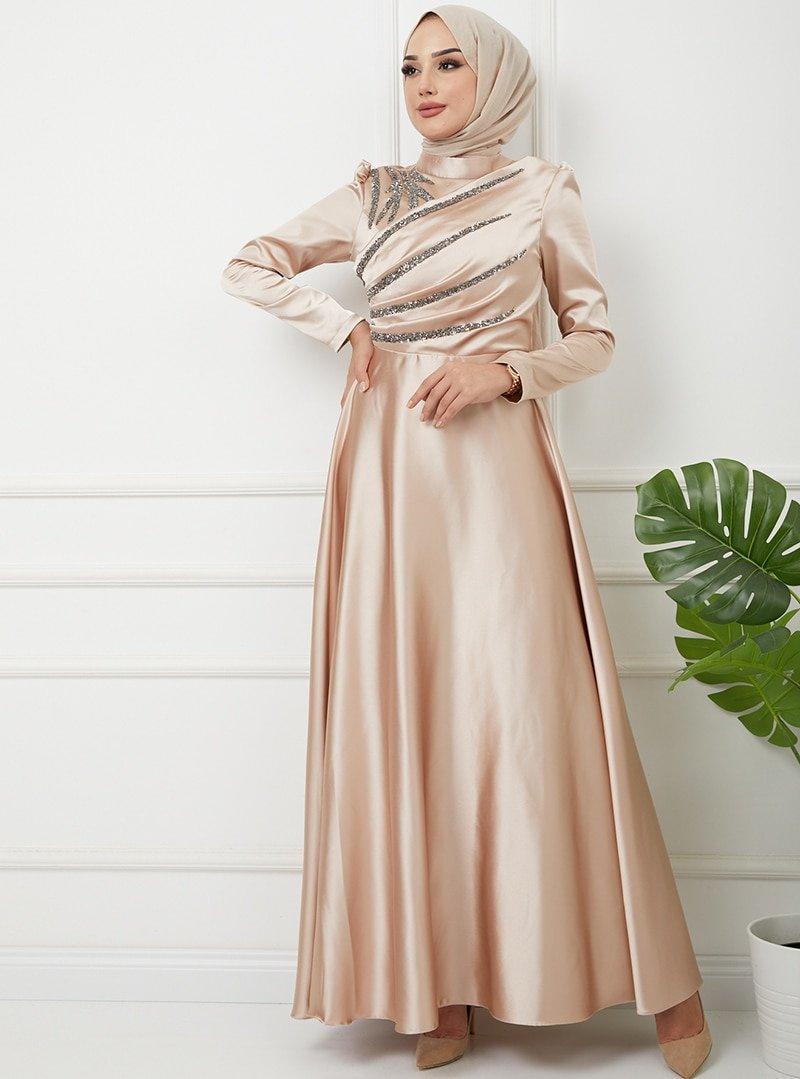 Olcay Bej Önü Volan Ve Taş Detaylı Saten Abiye Elbise