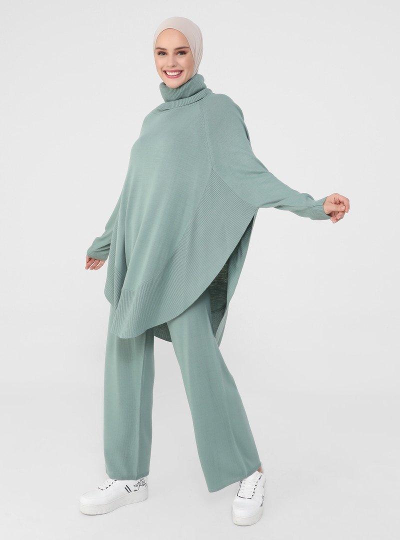 Refka Çağla Rahat Kesim Tunik & Pantolon İkili Triko Takım