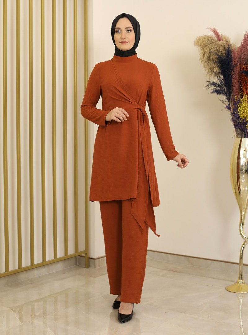 Fashion Showcase Design Kiremit Nilay Tunik & Pantolon İkili Takım