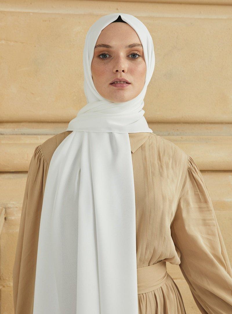 Miray Kırık Beyaz Jeddah Şal