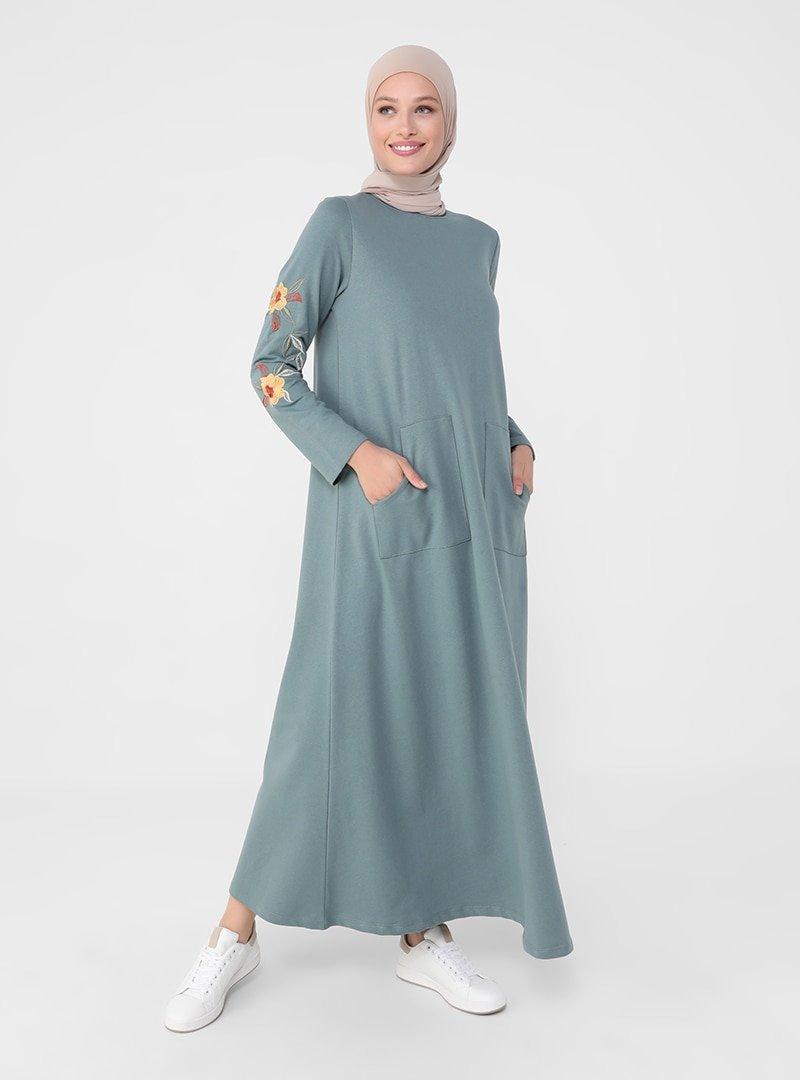 Refka Koyu Çağla Kolları Nakış Detaylı Elbise