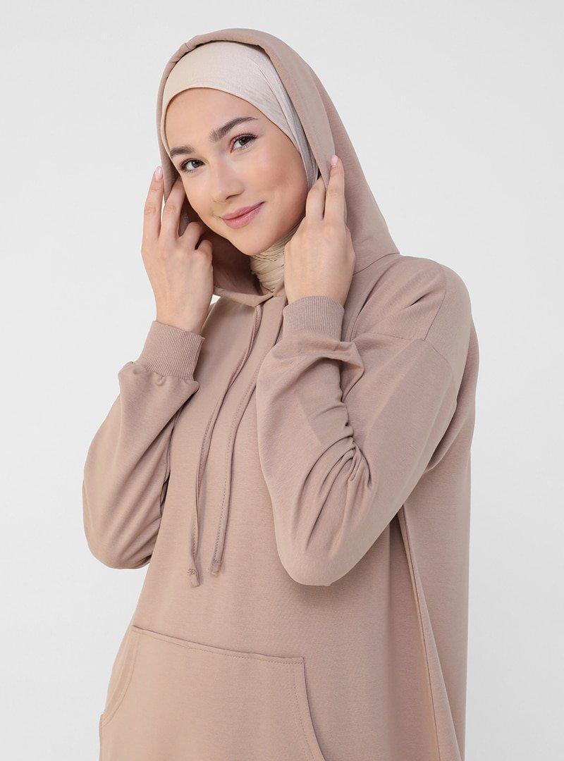 Refka Sütlü Kahve Kanguru Cepli Kapüşonlu Elbise