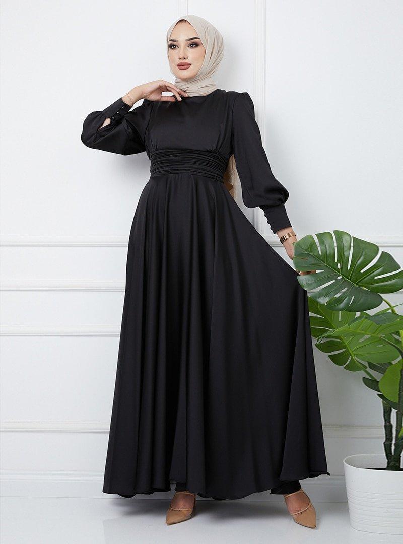 Olcay Siyah Beli Pilise Detaylı Kuşaklı Abiye Elbise