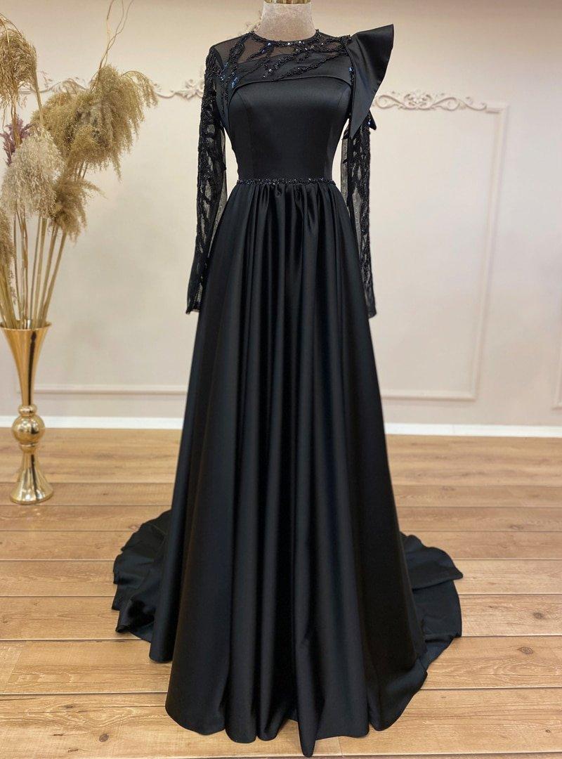 Gamze Özkul Siyah Mahra Transparan Abiye Elbise