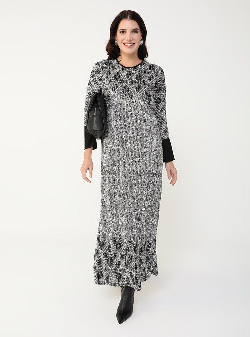 Alia Siyah Beyaz Büyük Beden Desenli Elbise