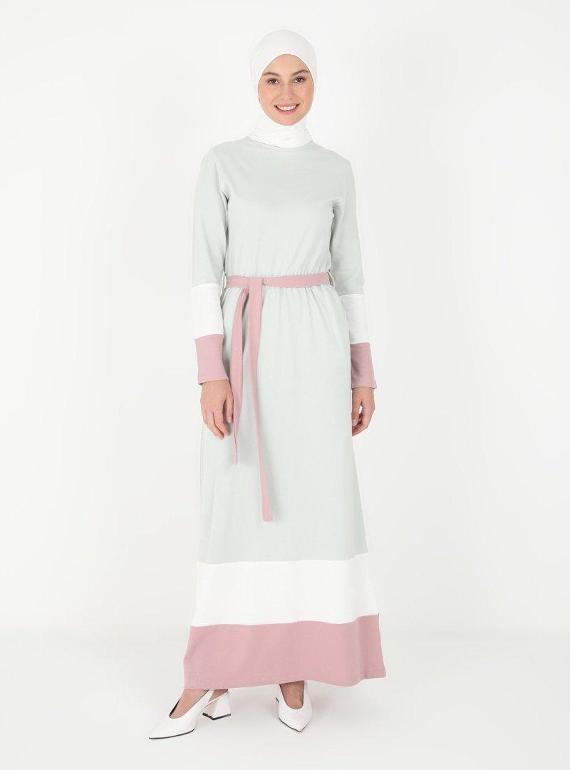 Peker Su Yeşili Garnili Elbise
