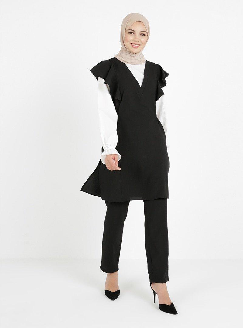 Tavin Siyah Omuzu Fırfır Detaylı Tunik & Pantolon İkili Takım