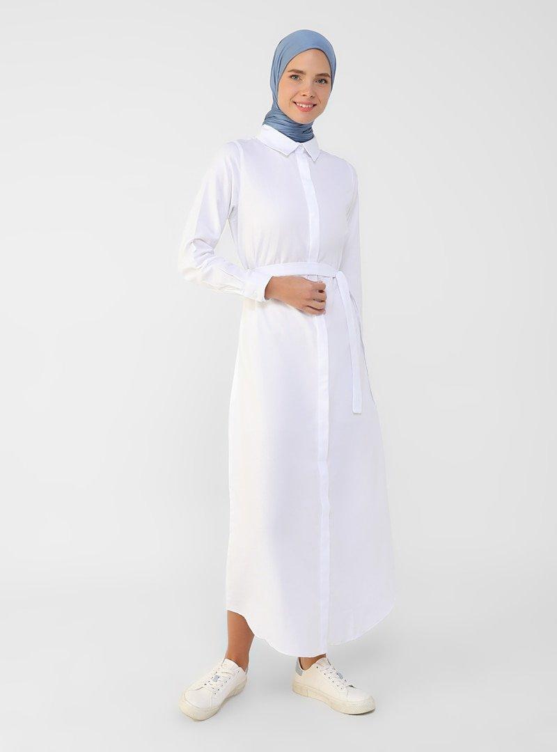 Refka Beyaz Oxford Kumaştan Gizli Düğmeli Uzun Gömlek Elbise