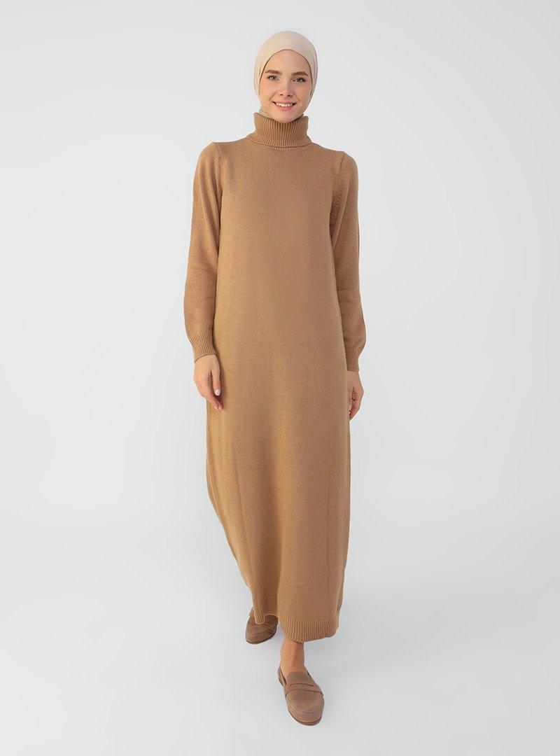Refka Bisküvi Boğazlı Yaka Triko Elbise