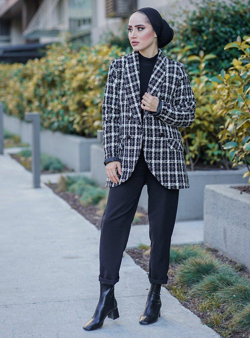 Topless Siyah Düğme Detaylı Blazer Ceket
