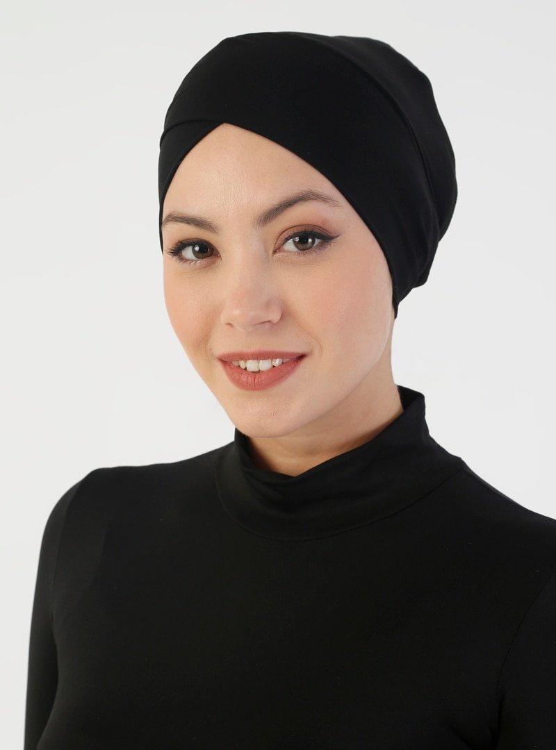 DIFFERENZA Siyah Sandy Çapraz Lüks Bone