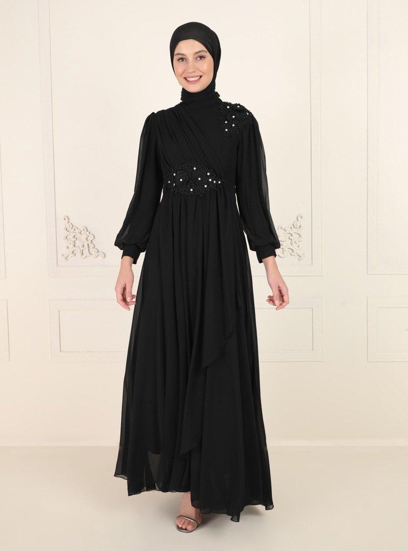 Amine Hüma Siyah Boncuk Detaylı Abiye Elbise