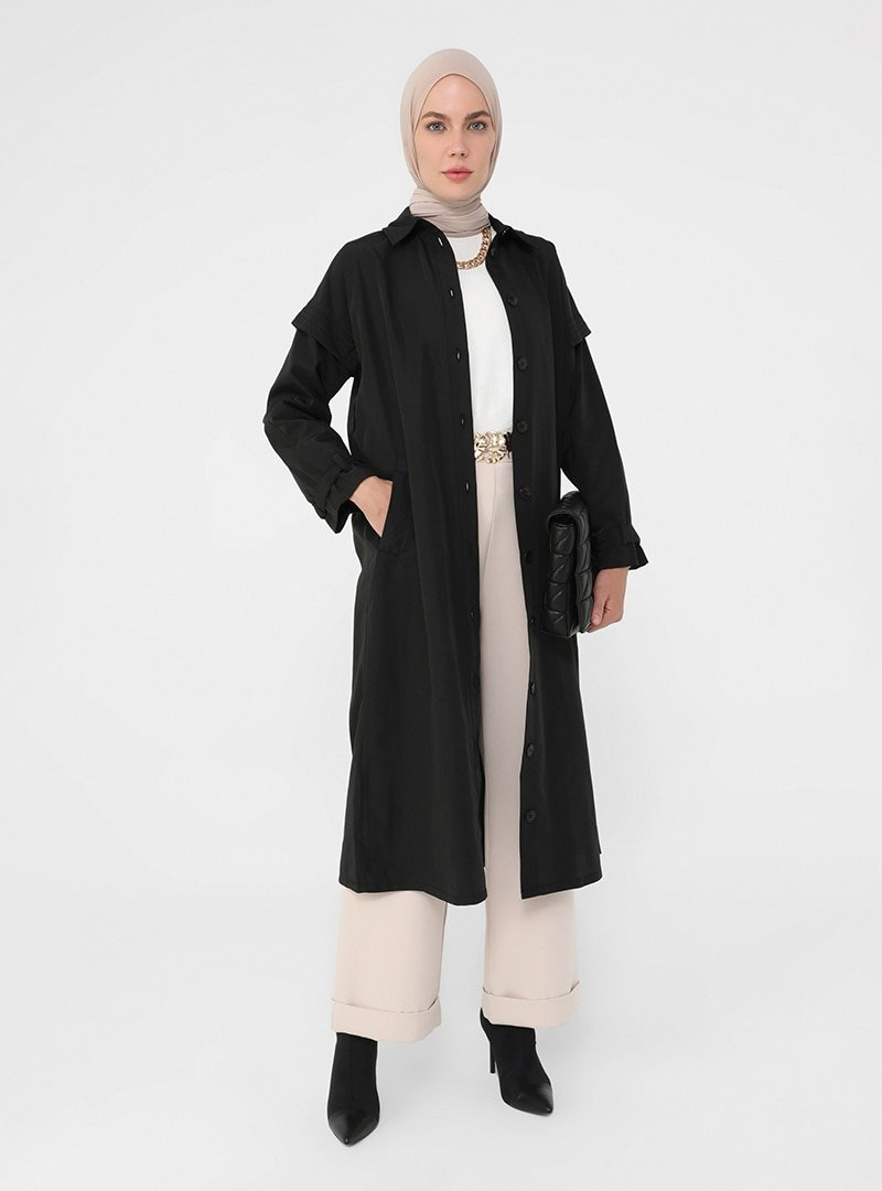 Refka Siyah Boydan Düğmeli Kuşaklı Kap