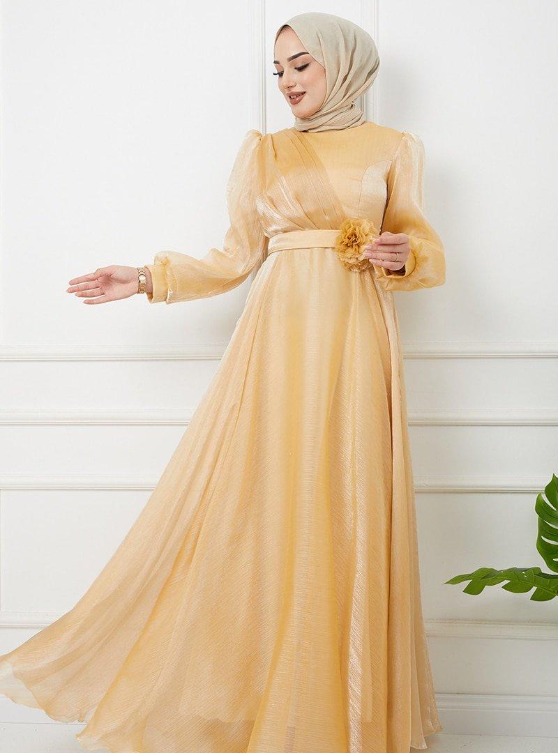 Olcay Sarı Kemeri Çiçek Detaylı Simli Abiye Elbise