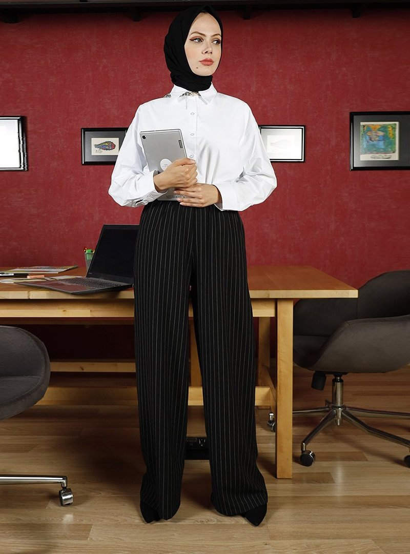 Ceylan Otantik Siyah Çizgili Bol Paça Pantolon