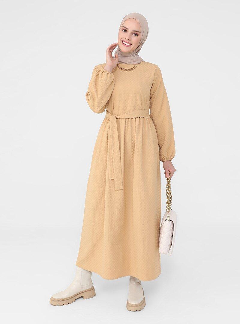 Refka Gold Kol Ucu Lastikli Kuşaklı Elbise