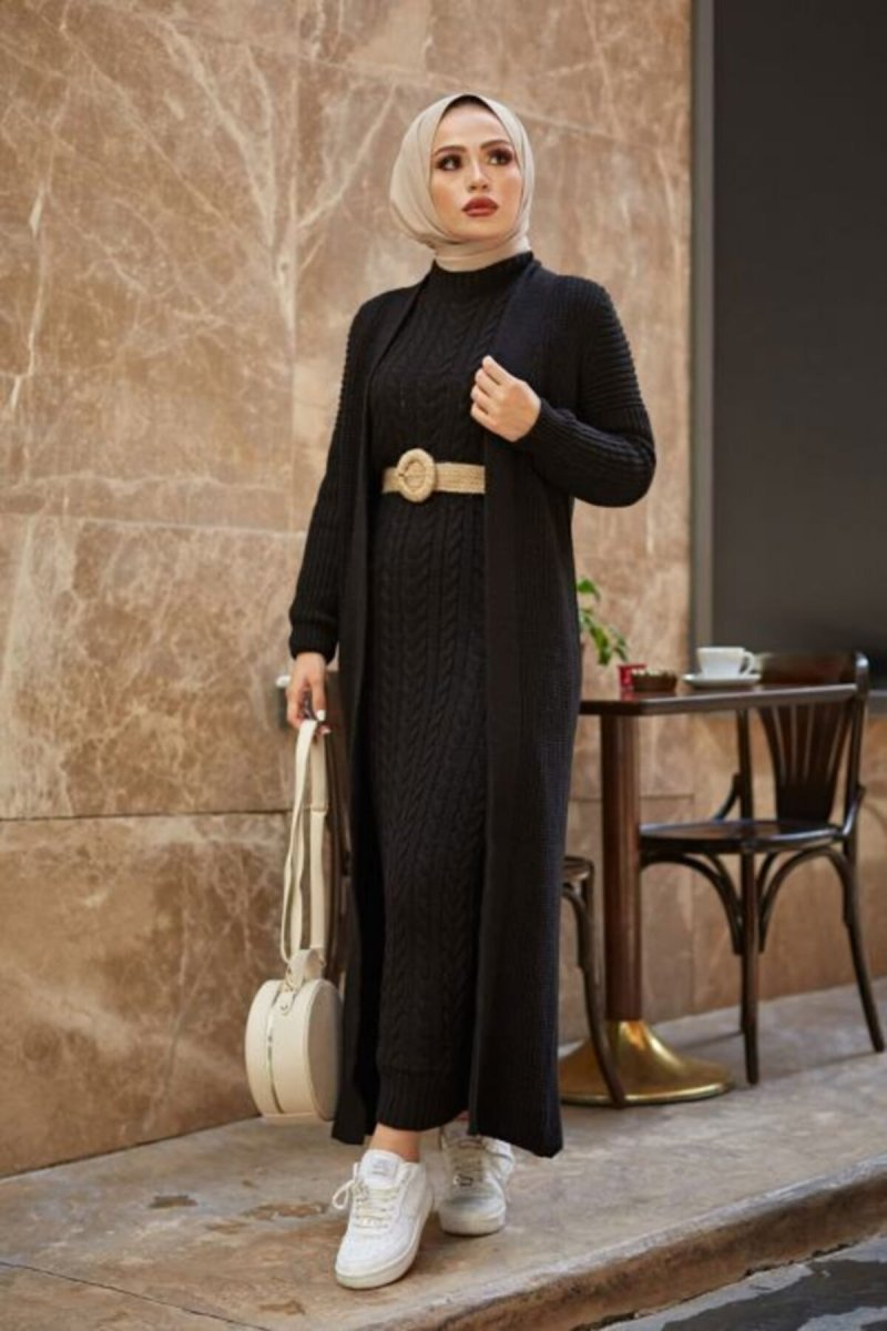 Bg Collection Siyah Hırkalı Triko Elbise