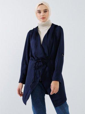 Benin Lacivert Cep Detaylı Beli Bağcıklı Kapüşonlu Ceket